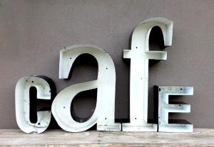 vintage-cafe-letters